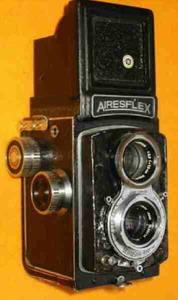双反相机史话(35)日本双反机(2)还是Aires双反机