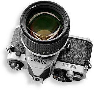 FM2T带85mm f1.4.jpg(23k)