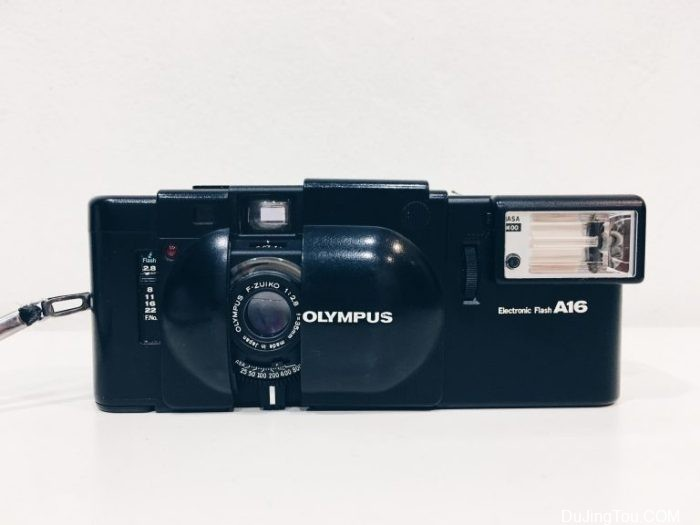 评论:奥林巴斯XA胶卷相机
