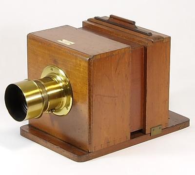 滑盒湿板相机 (1863年版)Sliding Box Wet-plate Camera