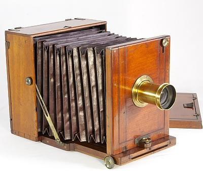 Bellows Wet-plate Camera 波纹管湿板相机(1870年代后期版)
