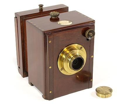 Single-Lens Stereo Camera