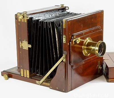 Improved Portable Bellows Camera